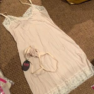 Nude chemiSe and thong set